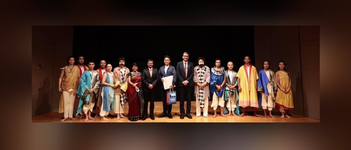 A preview theatrical performance of the Mahabharata by Hiroshi Koike Bridge Project was held at the Embassy of India, Tokyo. July 20,2021